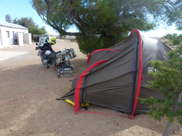 heavy wind on camp ground La Paloma way to Bosque Petrificado