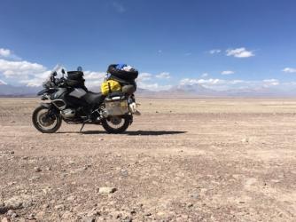 way from Calama to Ollagüe
