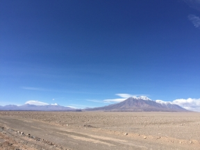 way from Calama to Ollagüe