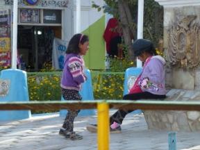 kids in Uyuni
