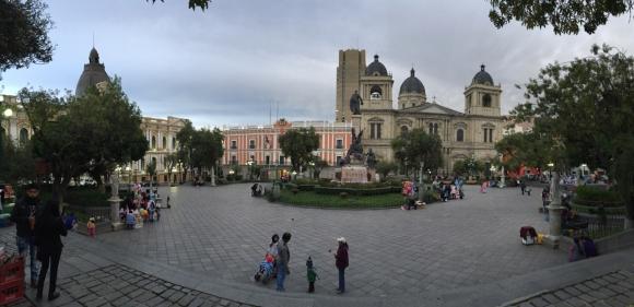 Plaza Muralla La Paz