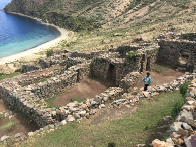 excavations on Isla del Sol