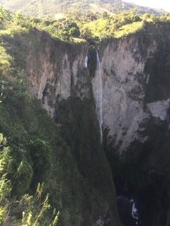 Salto El Mortiño near Iznos